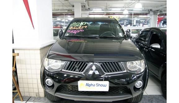 //www.autoline.com.br/carro/mitsubishi/l200-triton-32-16v-diesel-4p-automatico-4x4-turbo-interco/2010/osasco-sp/6730717