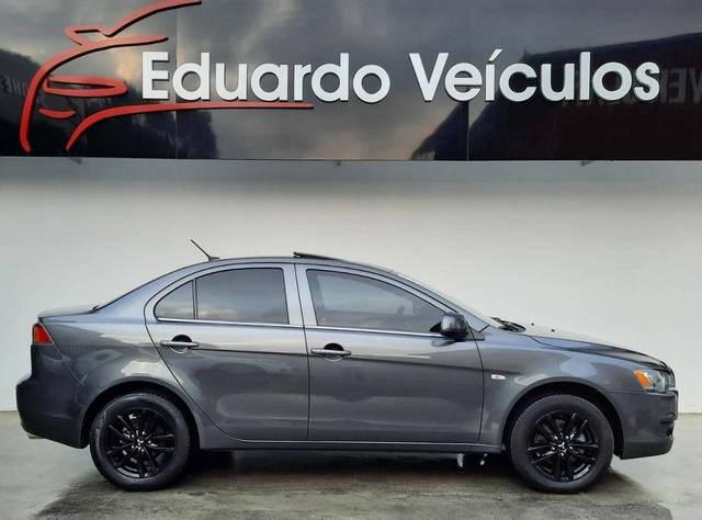 //www.autoline.com.br/carro/mitsubishi/lancer-20-sedan-hle-16v-gasolina-4p-cvt/2016/sao-bento-do-sul-sc/14710304
