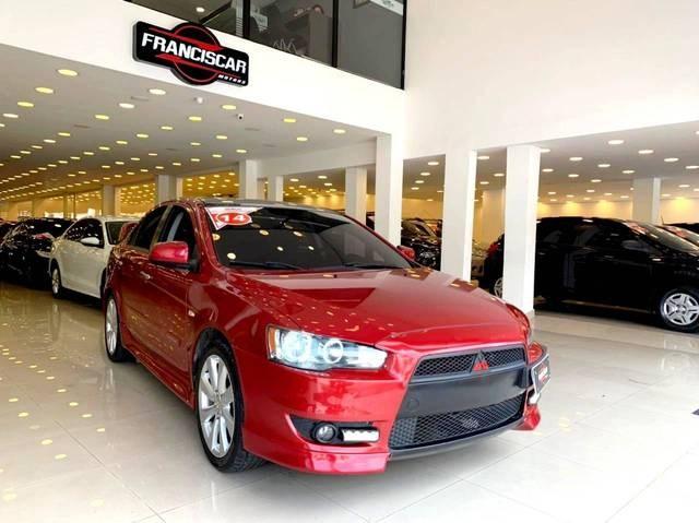 //www.autoline.com.br/carro/mitsubishi/lancer-20-sedan-16v-gasolina-4p-cvt/2014/sao-paulo-sp/14858987