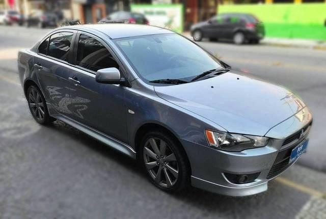 //www.autoline.com.br/carro/mitsubishi/lancer-20-sedan-16v-gasolina-4p-cvt/2014/caraguatatuba-sp/15473623