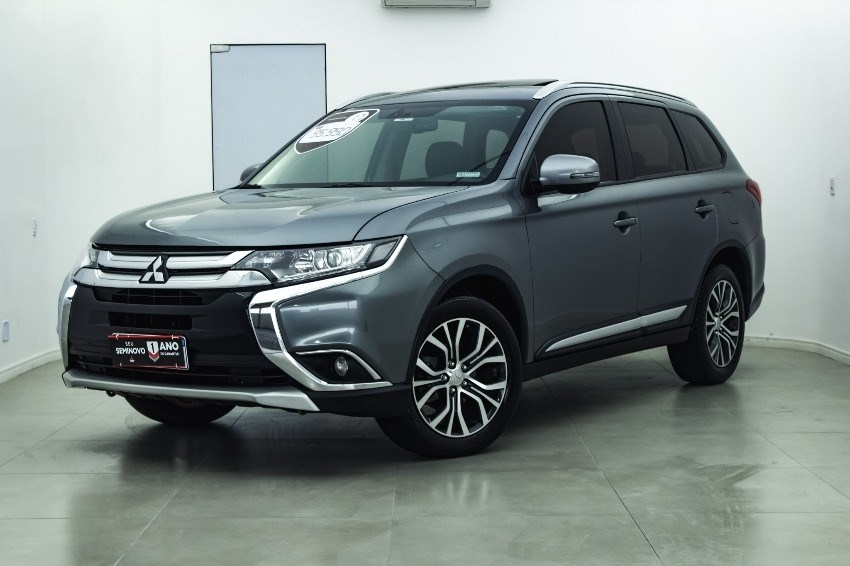 //www.autoline.com.br/carro/mitsubishi/outlander-20-16v-gasolina-4p-automatico/2017/mogi-das-cruzes-sp/12616923