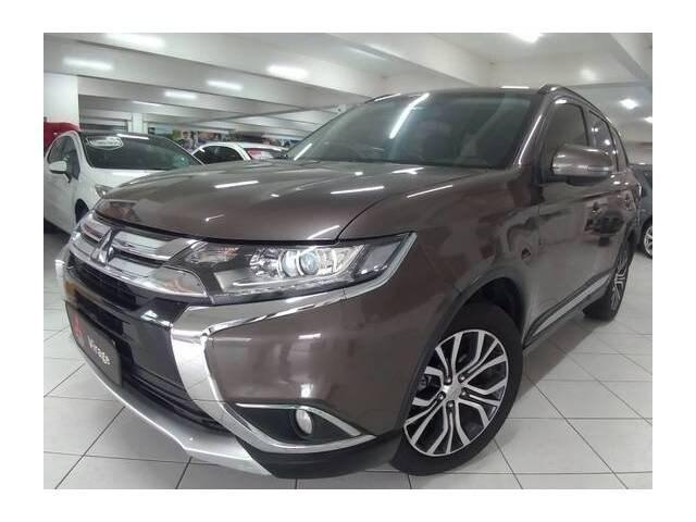 //www.autoline.com.br/carro/mitsubishi/outlander-20-16v-4x2-cvt-160cv-4p-gasolina-automatico/2016/ribeirao-preto-sp/12632300