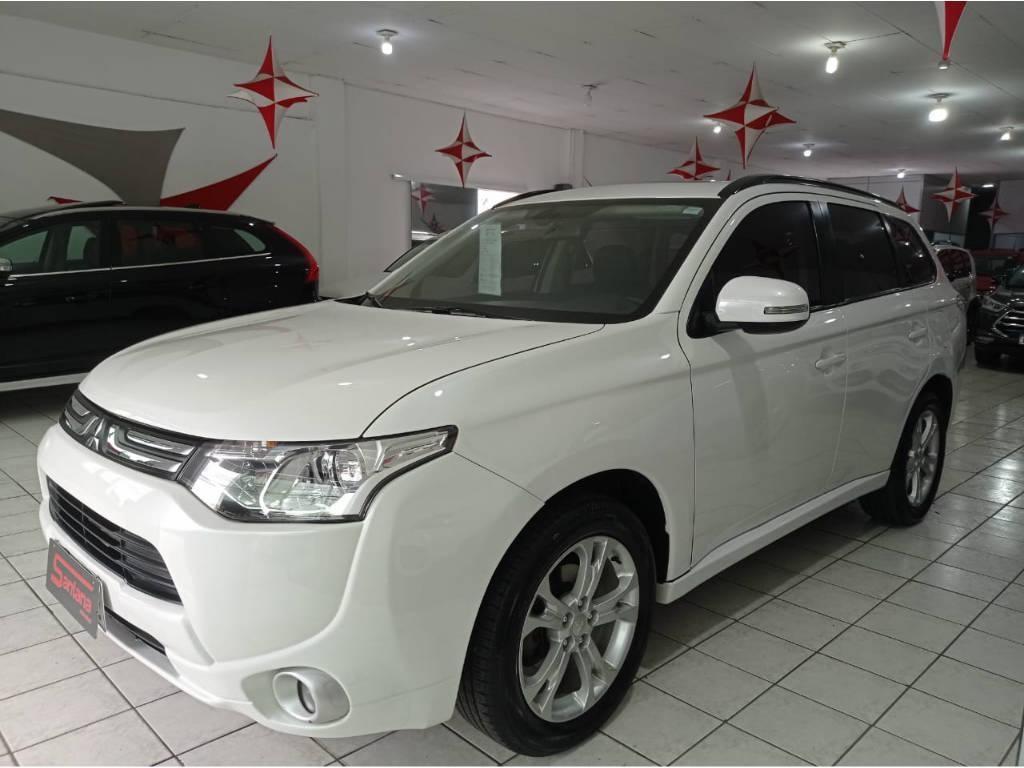 //www.autoline.com.br/carro/mitsubishi/outlander-20-16v-gasolina-4p-automatico/2015/porto-alegre-rs/12990641