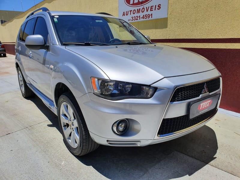 //www.autoline.com.br/carro/mitsubishi/outlander-20-16v-gasolina-4p-automatico/2012/campo-grande-ms/13051392