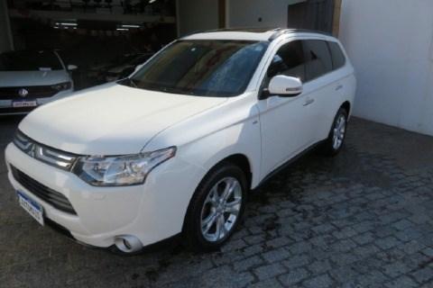 //www.autoline.com.br/carro/mitsubishi/outlander-30-gt-24v-gasolina-4p-automatico-4x4/2014/jundiai-sp/14029397