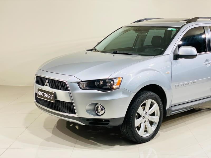 //www.autoline.com.br/carro/mitsubishi/outlander-30-v6-gt-24v-gasolina-4p-4x4-automatico/2012/curitiba-pr/14985726