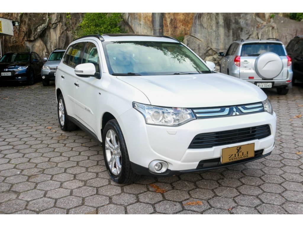 //www.autoline.com.br/carro/mitsubishi/outlander-30-v6-gt-24v-gasolina-4p-4x4-automatico/2014/florianopolis-sc/15551189