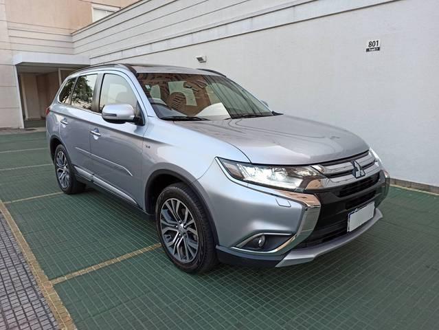 //www.autoline.com.br/carro/mitsubishi/outlander-30-v6-gt-24v-gasolina-4p-4x4-automatico/2016/bom-despacho-mg/15569195