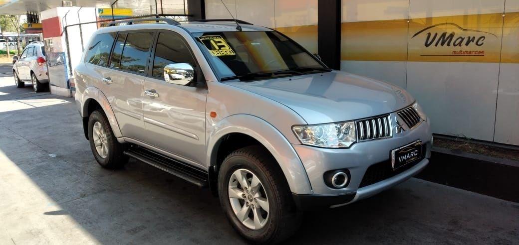 //www.autoline.com.br/carro/mitsubishi/pajero-dakar-35-hpe-24v-flex-4p-automatico-4x4/2013/sao-paulo-sp/12353967
