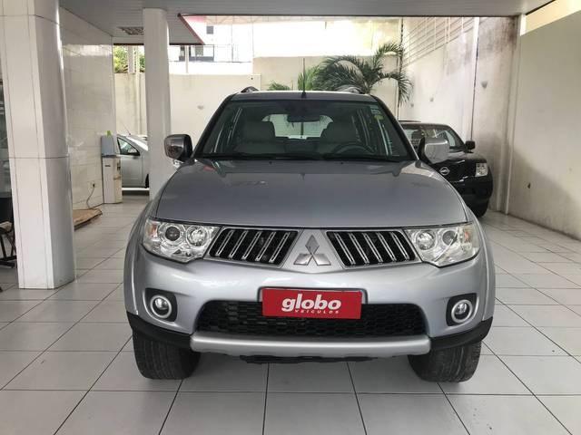 //www.autoline.com.br/carro/mitsubishi/pajero-dakar-32-16v-diesel-4p-4x4-turbo-automatico/2011/recife-pe/14929601