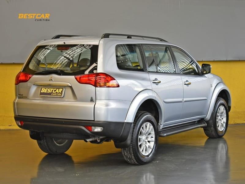 //www.autoline.com.br/carro/mitsubishi/pajero-dakar-32-16v-diesel-4p-4x4-turbo-automatico/2010/curitiba-pr/15528688