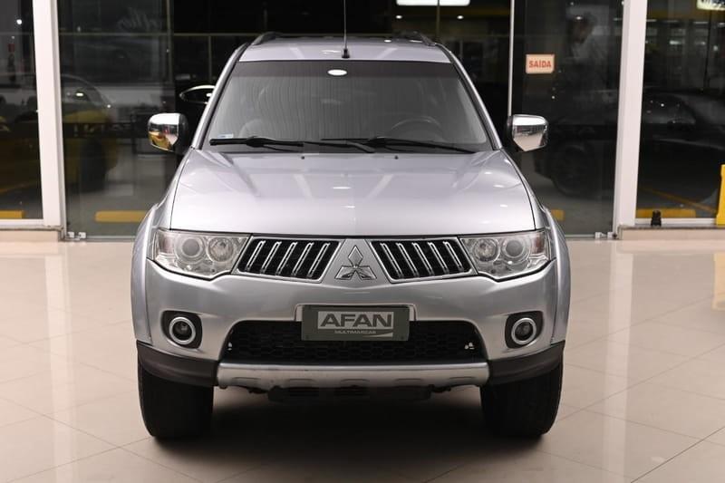 //www.autoline.com.br/carro/mitsubishi/pajero-dakar-32-16v-diesel-4p-4x4-turbo-manual/2011/curitiba-pr/15710477
