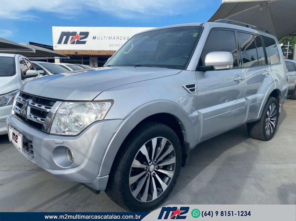 //www.autoline.com.br/carro/mitsubishi/pajero-full-32-hpe-16v-diesel-4p-4x4-turbo-automatico/2014/catalao-go/13635100