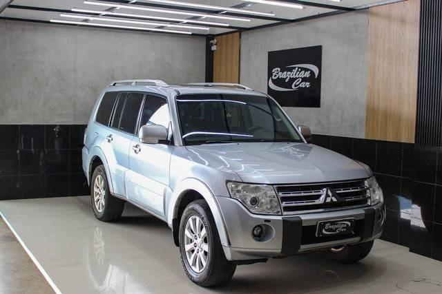 //www.autoline.com.br/carro/mitsubishi/pajero-full-32-hpe-16v-diesel-4p-4x4-turbo-automatico/2011/brasilia-df/14613572