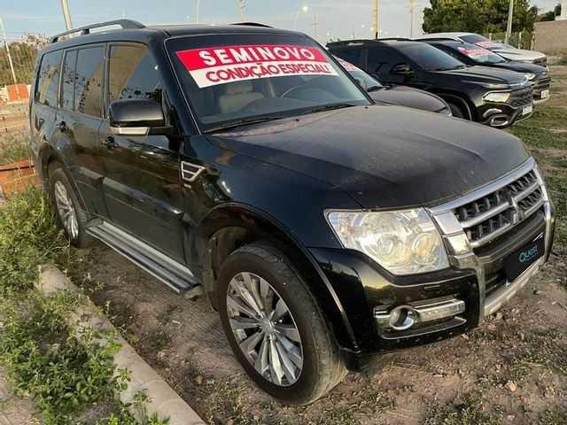 //www.autoline.com.br/carro/mitsubishi/pajero-full-32-hpe-16v-diesel-4p-4x4-turbo-automatico/2015/sao-paulo-sp/14811485