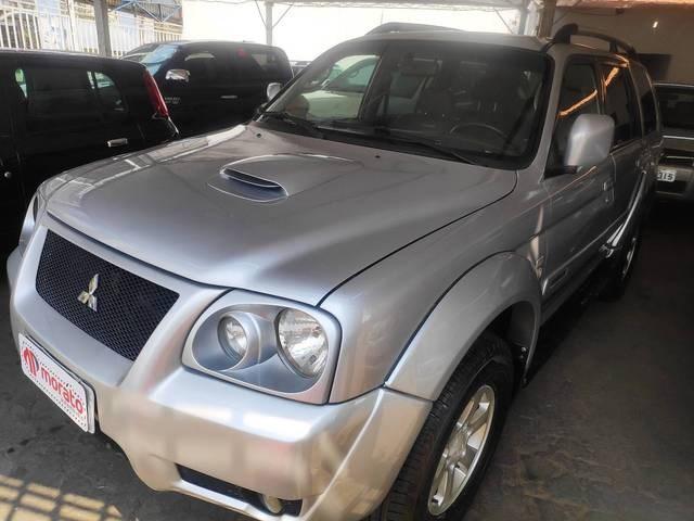 //www.autoline.com.br/carro/mitsubishi/pajero-sport-25-hpe-8v-diesel-4p-4x4-turbo-manual/2008/goiania-go/15677490