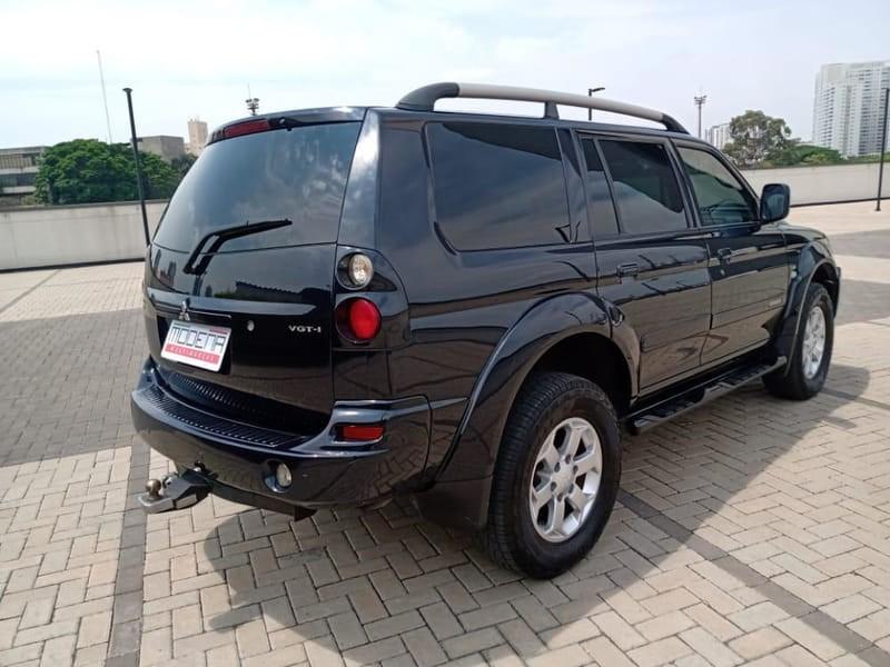 //www.autoline.com.br/carro/mitsubishi/pajero-sport-25-hpe-8v-diesel-4p-4x4-turbo-automatico/2010/osasco-sp/15855939