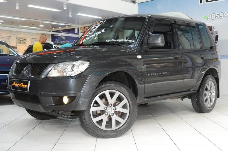 //www.autoline.com.br/carro/mitsubishi/pajero-tr4-20-16v-flex-4p-automatico/2013/sao-paulo-sp/13587076