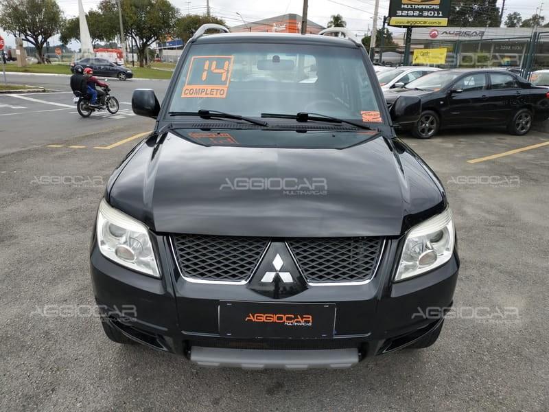 //www.autoline.com.br/carro/mitsubishi/pajero-tr4-20-16v-flex-4p-manual/2014/campo-largo-pr/14956978