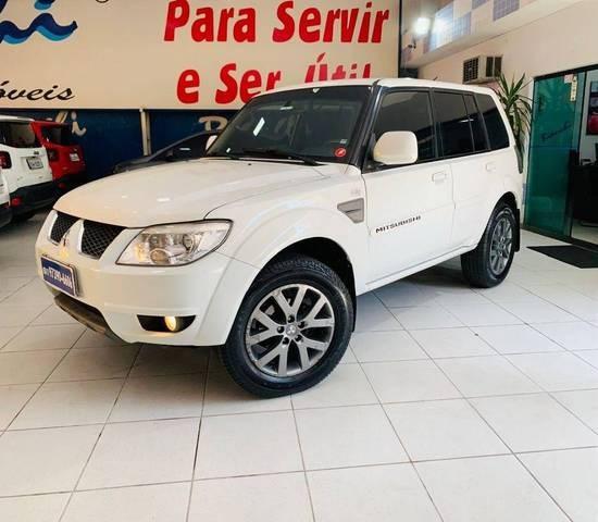//www.autoline.com.br/carro/mitsubishi/pajero-tr4-20-16v-flex-4p-automatico/2014/sao-paulo-sp/15475379
