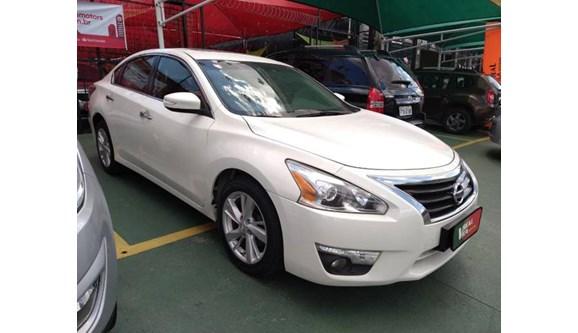 //www.autoline.com.br/carro/nissan/altima-25-sl-16v-gasolina-4p-automatico/2014/campinas-sp/10891947