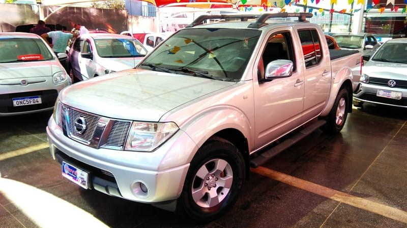 //www.autoline.com.br/carro/nissan/frontier-25-le-16v-diesel-4p-manual-4x4-turbo/2012/brasilia-df/12692945