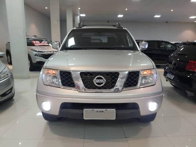 //www.autoline.com.br/carro/nissan/frontier-25-le-16v-diesel-4p-automatico-4x4-turbo/2012/sao-paulo-sp/13111293
