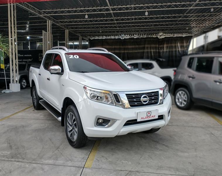 //www.autoline.com.br/carro/nissan/frontier-23-cd-le-16v-diesel-4p-4x4-turbo-automatico/2020/recife-pe/14392783