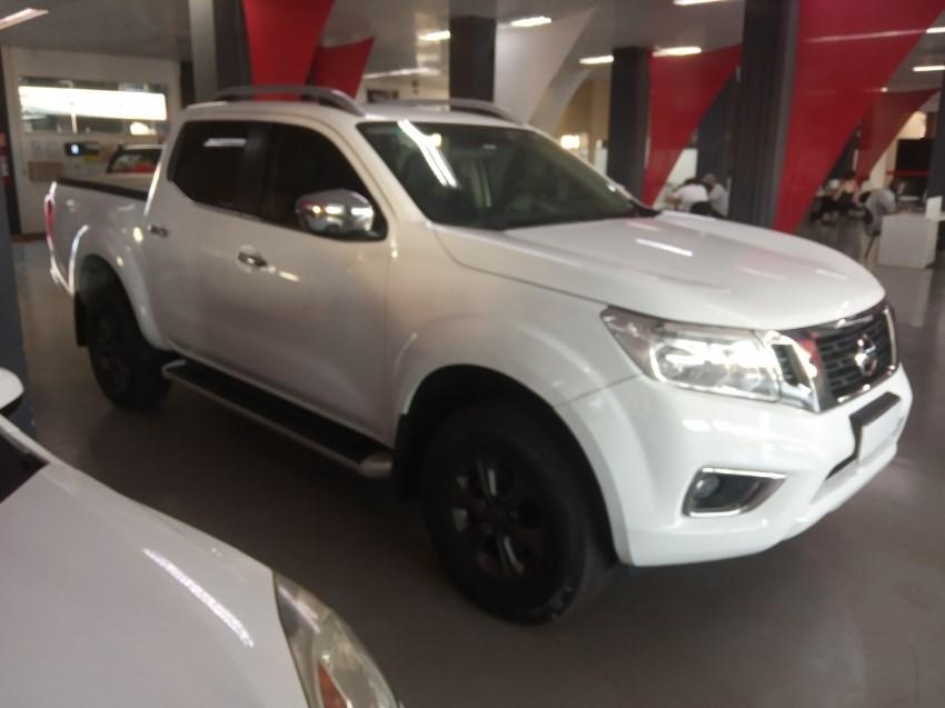 //www.autoline.com.br/carro/nissan/frontier-23-cd-le-16v-diesel-4p-4x4-turbo-automatico/2018/ribeirao-preto-sp/14590059