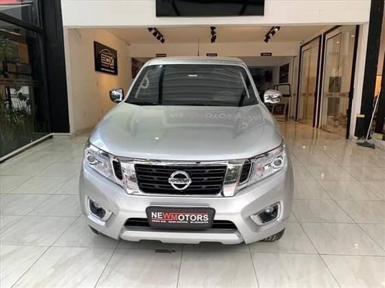 //www.autoline.com.br/carro/nissan/frontier-23-cd-xe-16v-diesel-4p-4x4-turbo-automatico/2021/sao-paulo-sp/14990277