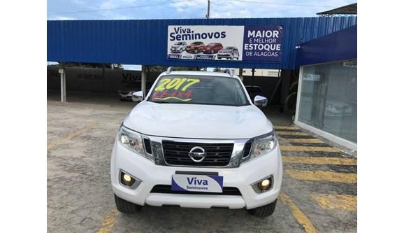 //www.autoline.com.br/carro/nissan/frontier-23-le-16v-diesel-4p-automatico-4x4-turbo-inte/2017/maceio-al/8289251
