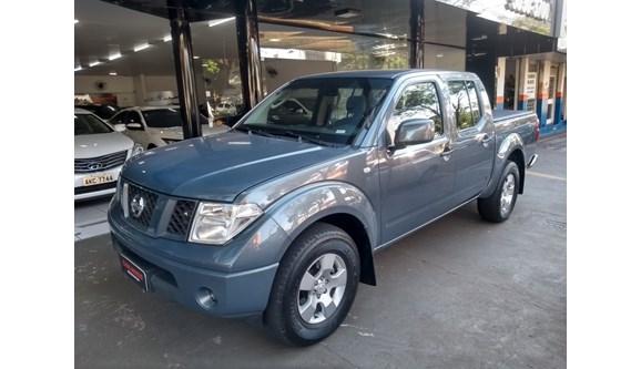 //www.autoline.com.br/carro/nissan/frontier-25-xe-16v-diesel-4p-manual-4x4-turbo/2013/maringa-pr/8571381
