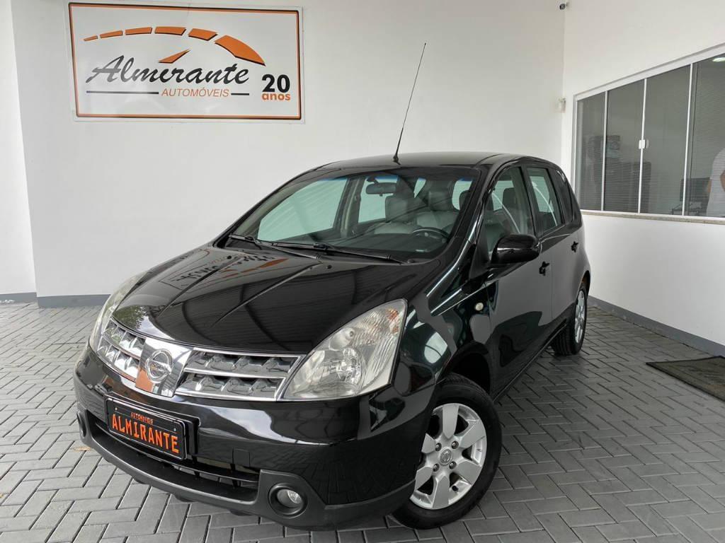 //www.autoline.com.br/carro/nissan/grand-livina-18-sl-16v-126cv-4p-flex-automatico/2011/blumenau-sc/13336791
