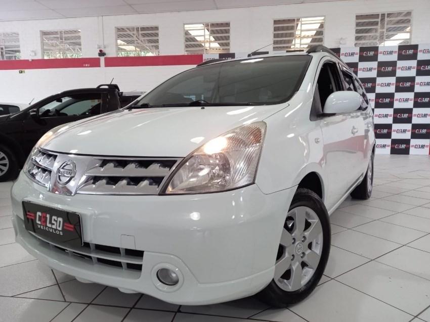 //www.autoline.com.br/carro/nissan/grand-livina-18-s-16v-flex-4p-manual/2012/dois-irmaos-rs/14718201