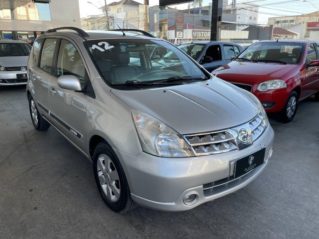 //www.autoline.com.br/carro/nissan/grand-livina-18-sl-16v-flex-4p-automatico/2012/palhoca-sc/14850957