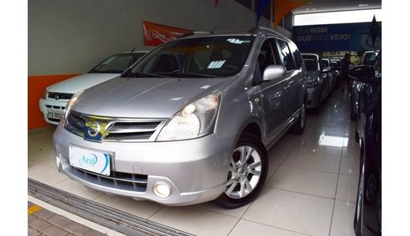 //www.autoline.com.br/carro/nissan/grand-livina-18-sl-16v-flex-4p-automatico/2014/campinas-sp/7674266