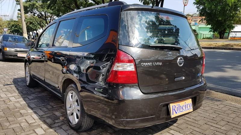 //www.autoline.com.br/carro/nissan/grand-livina-18-s-16v-flex-4p-manual/2013/campinas-sp/8940717