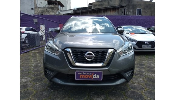 //www.autoline.com.br/carro/nissan/kicks-16-sv-16v-flex-4p-automatico/2018/belem-pa/10155708