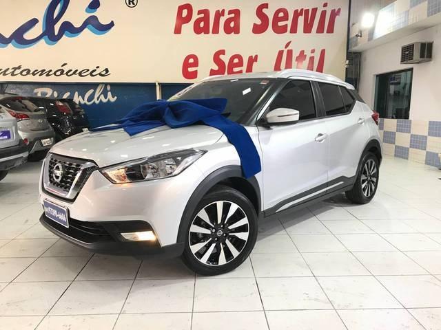 //www.autoline.com.br/carro/nissan/kicks-16-sl-16v-flex-4p-automatico/2018/sao-paulo-sp/12779232