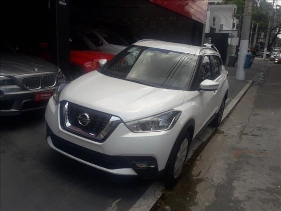 //www.autoline.com.br/carro/nissan/kicks-16-sv-16v-flex-4p-automatico/2021/sao-paulo-sp/13066913