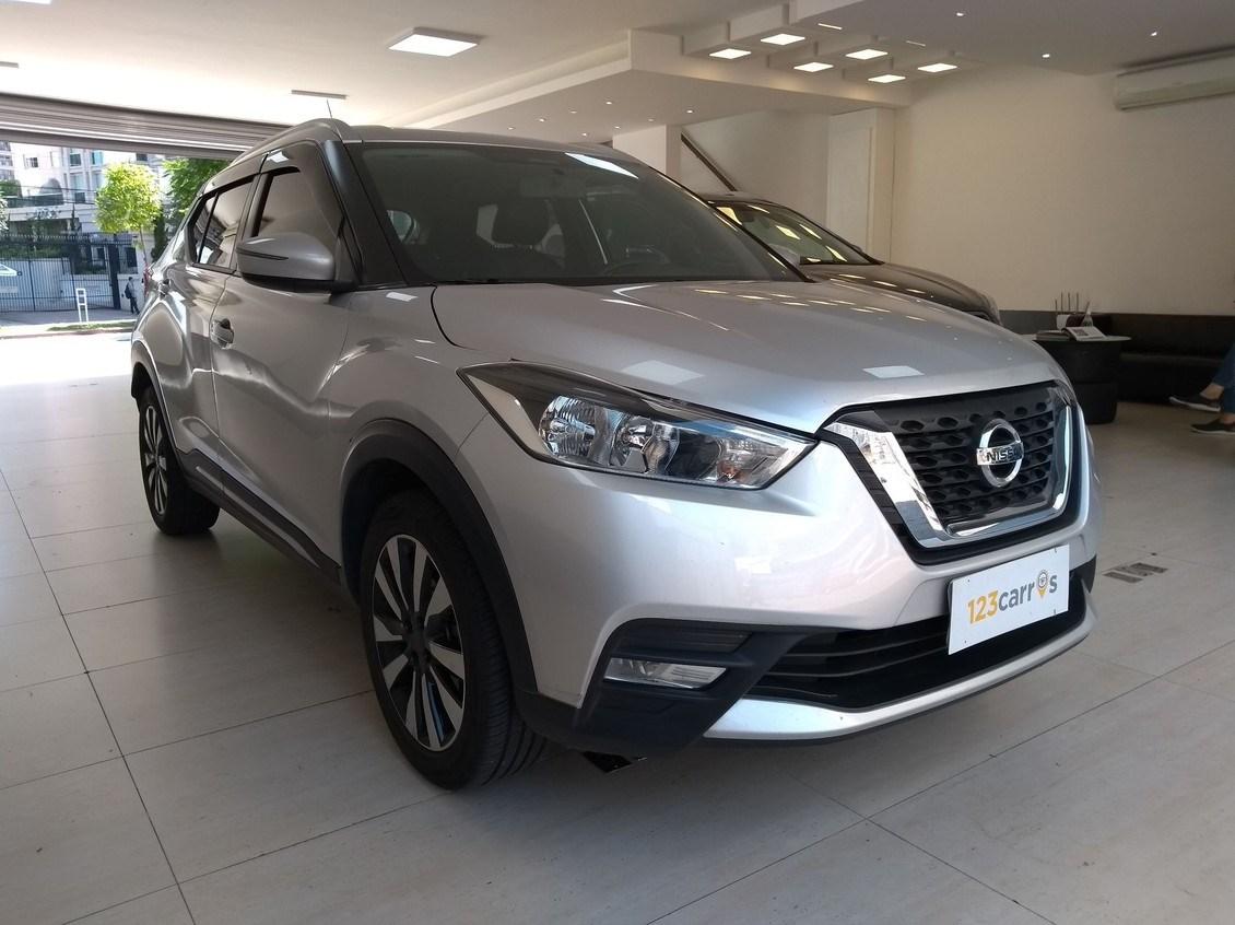 //www.autoline.com.br/carro/nissan/kicks-16-sv-16v-flex-4p-automatico/2018/sao-paulo-sp/13111822