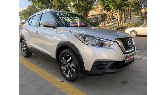 //www.autoline.com.br/carro/nissan/kicks-16-s-16v-flex-4p-automatico/2018/sao-paulo-sp/8612310