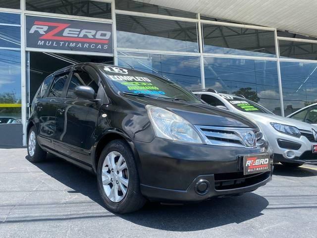//www.autoline.com.br/carro/nissan/livina-18-s-16v-flex-4p-automatico/2013/sao-paulo-sp/12995096