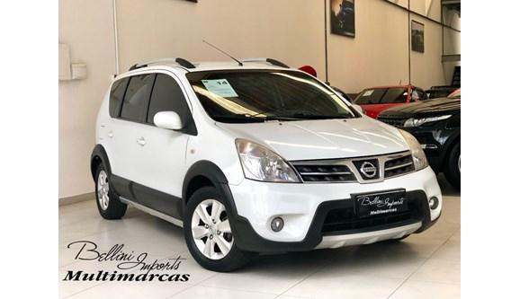 //www.autoline.com.br/carro/nissan/livina-18-x-gear-16v-flex-4p-automatico/2014/sao-paulo-sp/13089665