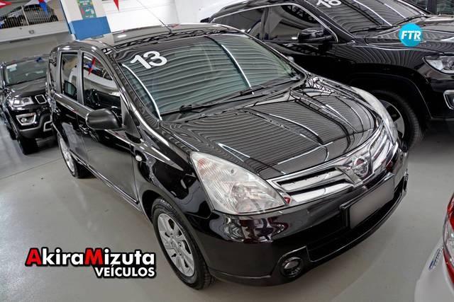 //www.autoline.com.br/carro/nissan/livina-16-16v-flex-4p-manual/2013/mogi-das-cruzes-sp/13493953