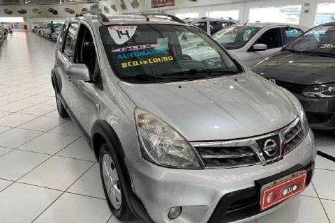 //www.autoline.com.br/carro/nissan/livina-18-x-gear-16v-flex-4p-automatico/2014/sao-paulo-sp/13731831