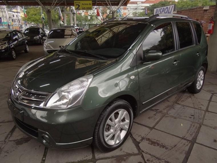 //www.autoline.com.br/carro/nissan/livina-18-s-16v-flex-4p-automatico/2014/porto-alegre-rs/14994449