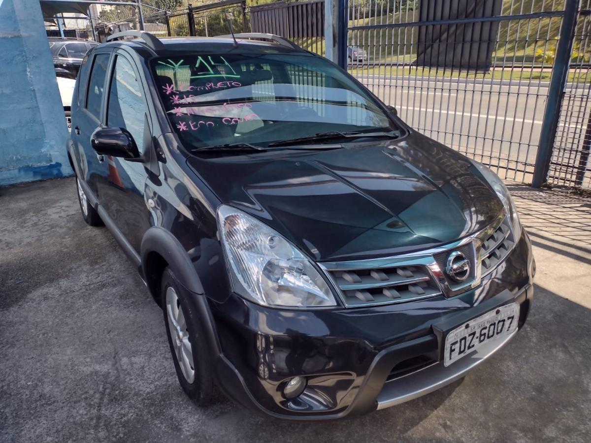 //www.autoline.com.br/carro/nissan/livina-18-x-gear-16v-flex-4p-automatico/2014/sao-paulo-sp/15333685