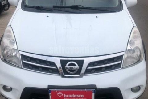 //www.autoline.com.br/carro/nissan/livina-18-x-gear-16v-flex-4p-automatico/2014/santa-maria-rs/15382436