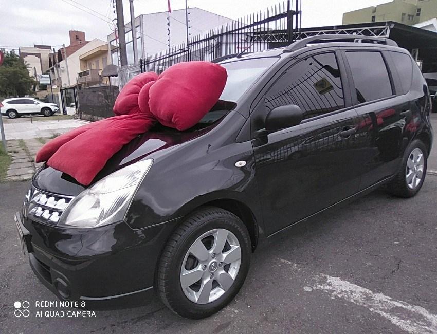 //www.autoline.com.br/carro/nissan/livina-16-s-16v-flex-4p-manual/2011/curitiba-pr/15822147